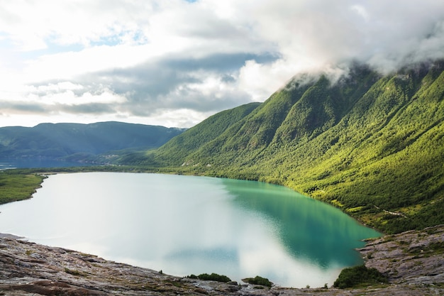 Pittoreske landschappen van noorwegen