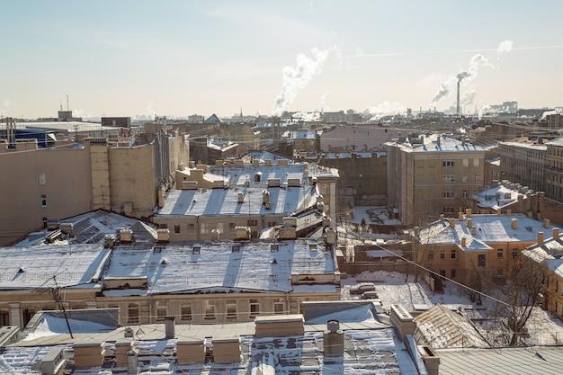 Pittoreske stadsgezicht van sint-petersburg in de winter.