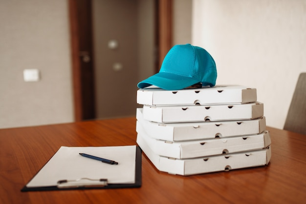 Pizza bezorgconcept, service leveren