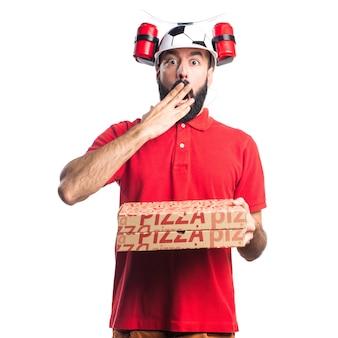 Pizza delivery man doet verrassingsgebaar