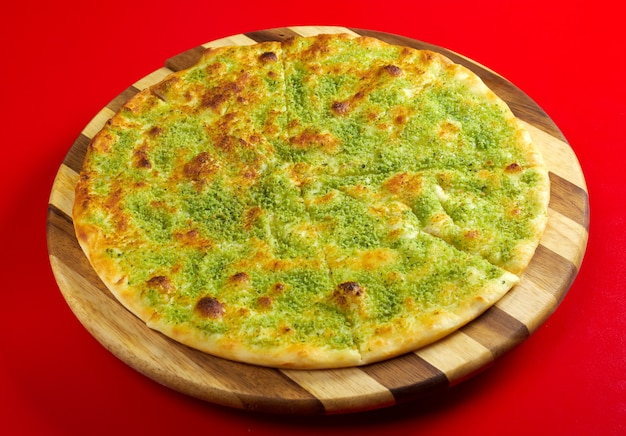 Pizza focaccia en italiaanse keuken. studio