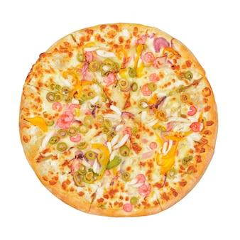Pizza met garnalen, peper, inktvis, mozzarella kaas geïsoleerd