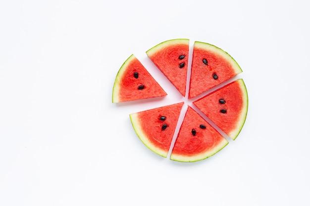 Plakken van watermeloen geïsoleerd op wit.