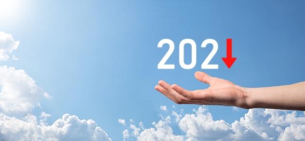 Plan de negatieve bedrijfsgroei in het concept van het jaar 2021