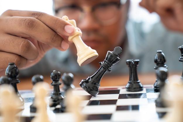Plan leidende strategie van succesvol bedrijfsleiderconcept,