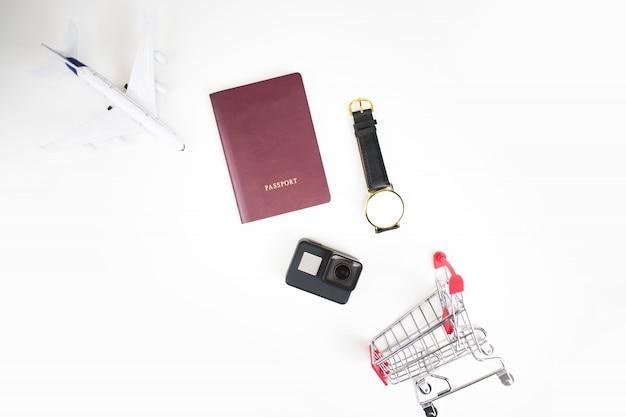 Plan reizen en winkelen met accessoires in de winkelwagen.