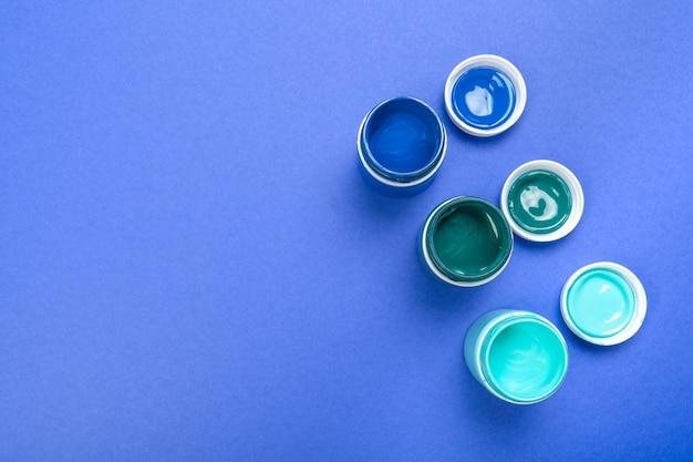 Plastic verfflessen voor kunst