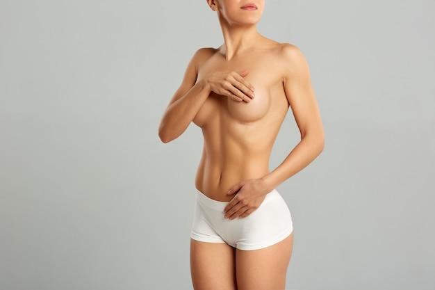 Plastische chirurgie van de vrouwelijke borst