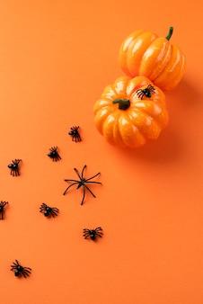 Plat lag creatief halloween-arrangement