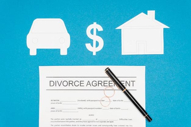 Plat lag echtscheiding overeenkomst met pen