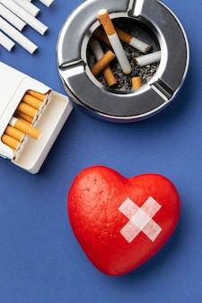 Plat lag geen samenstelling van de elementen van de tabaksdag