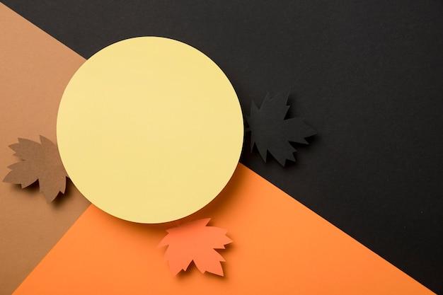 Plat lag herfstbladeren assortiment met kopie ruimte