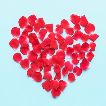 Plat lag ijsberg rozen bloemblaadjes hart