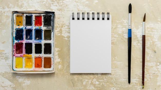 Plat lag kopie ruimte notebook en acryl
