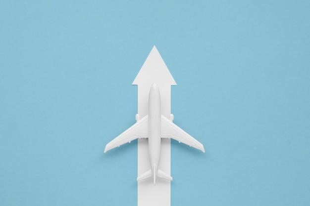 Plat lag pijl voor vliegtuig richting