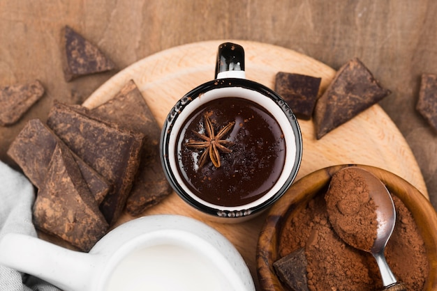 Plat lag warme chocolademelk aromatische drank