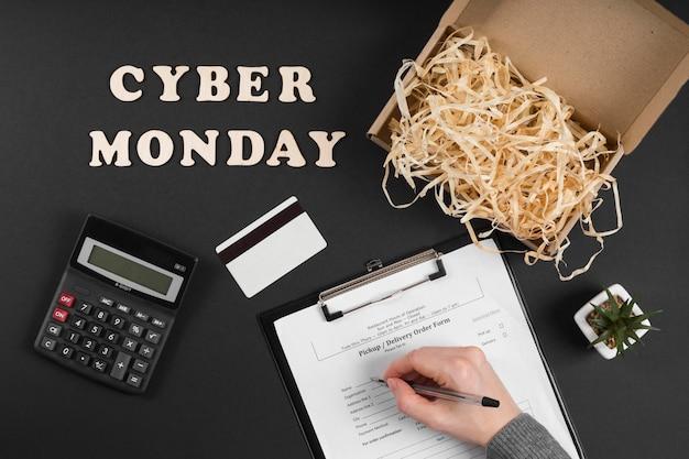 Plat leggen cyber maandag evenement elementen met tekst
