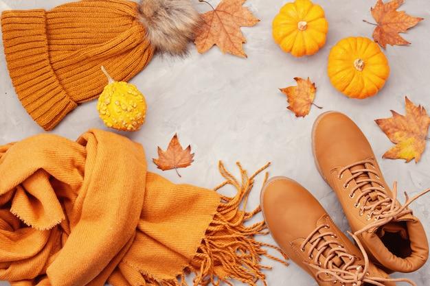 Plat leggen met comfortabele warme outfit voor koud weer.