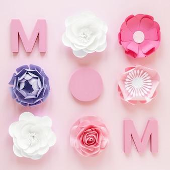 Plat leggen papieren bloemen voor moederdag