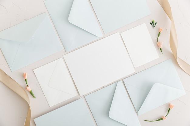 Plat leggen van bruiloft concept met kopie ruimte