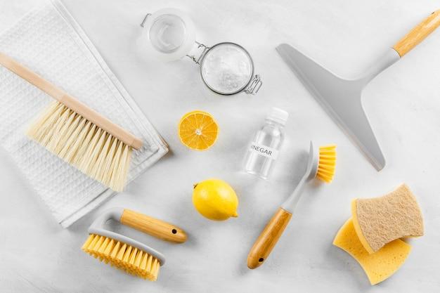 Plat leggen van eco-vriendelijke schoonmaakproducten collectie