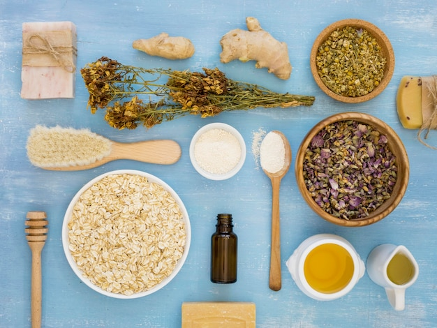 Plat leggen van geneeskrachtige kruiden en specerijen