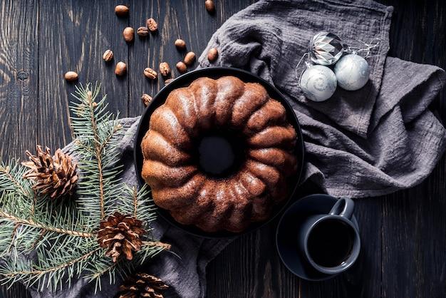Plat leggen van heerlijke taart concept
