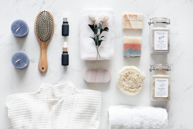 Plat leggen van spa-behandelingsset