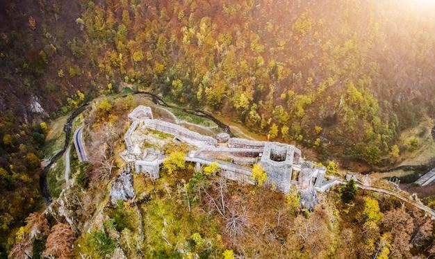 Poenari kasteel in roemenië