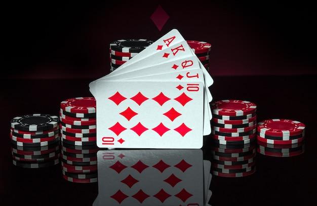 Pokerkaarten met een royal flush combinatie