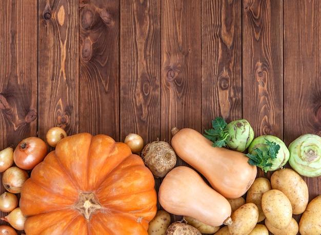 Pompoenen, aardappelen en uien