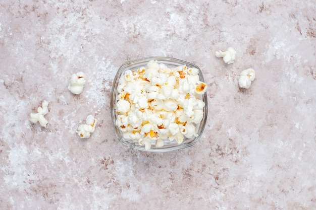 Pop corn in een kom