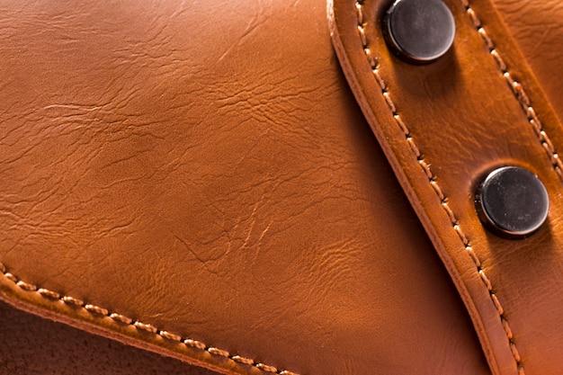Portemonnee bruin leer close-up