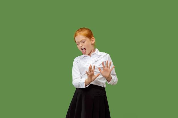 Portret dat van tienermeisje iets verwerpt