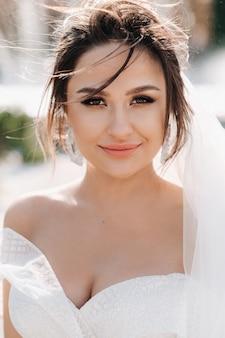 Portret van de bruid in close-up