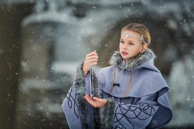 Portret van een elf van het sprookjesmeisje