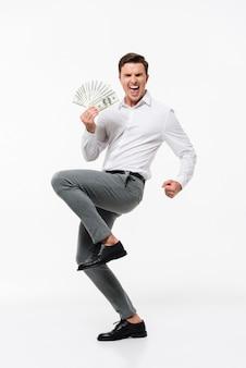 Portret van een gelukkig succesvolle man