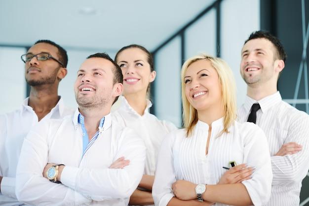 Portret van een jong commercieel team