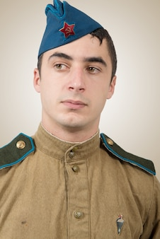 Portret van een jonge sovjet soldaat, ww2