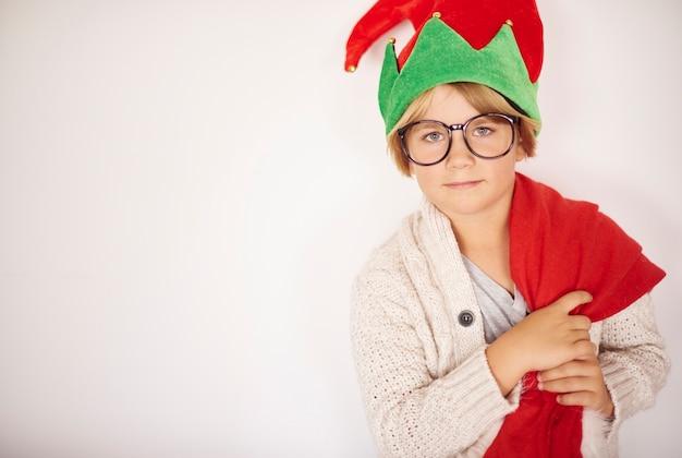 Portret van een kleine jongen met kerstmis