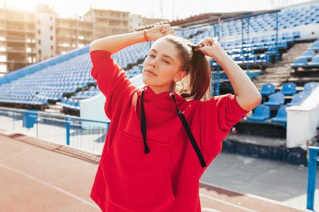 Portret van een mooie blanke meisje atleet