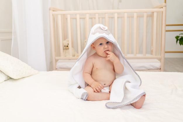 Portret van een schattige kleine jongen