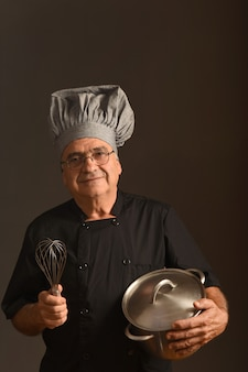Portret van een senior chef-kok