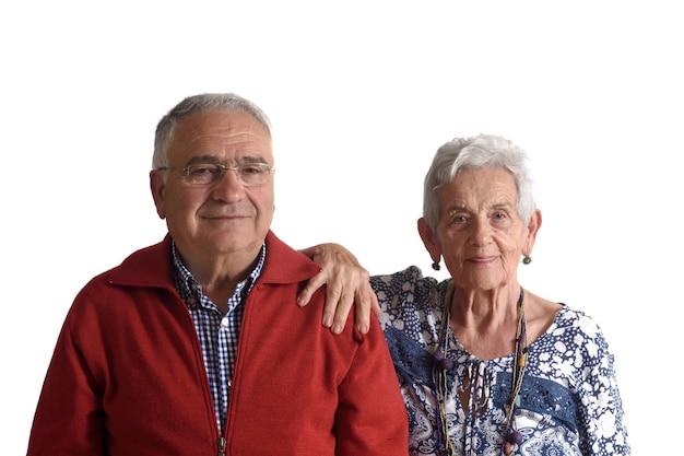 Portret van een senior koppel op een witte achtergrond