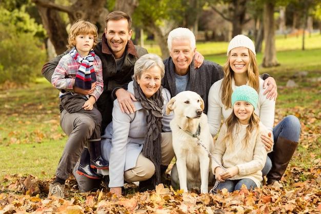 Portret van een uitgebreide familie