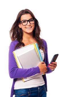 Portret van gelukkige mobiliteits vrouwelijke student