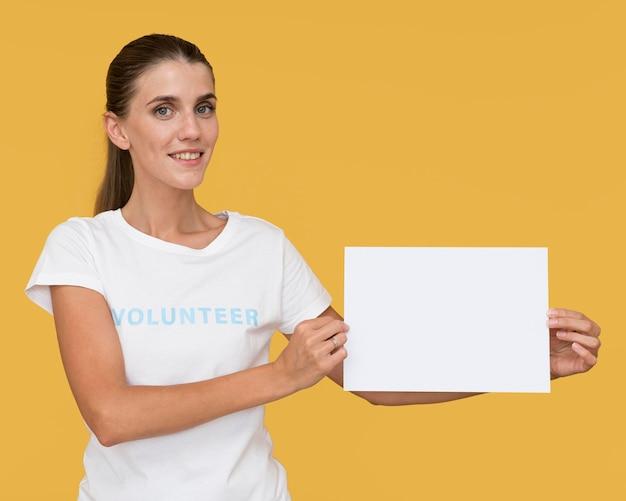 Portret van humanitaire vrijwilliger