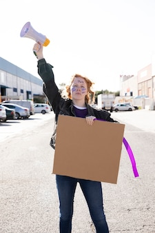 Portret van jonge activist protesteren