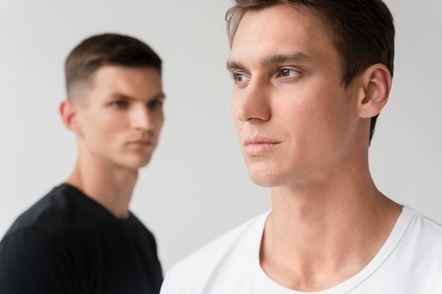 Portret van jonge mannen close-up