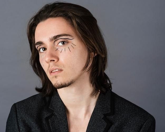 Portret van man met make-up